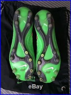 Nike Magista Obra Men's Size US 9 Superfly Mercurial Vapor Tiempo Hypervenom