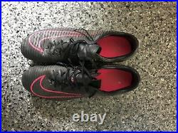 Nike Mercurial Superfly V Size 9 Black/pink